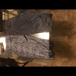 2 Capri workout pants size 14/16